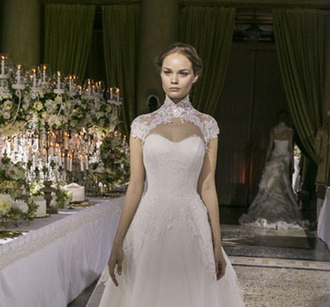 fronte dell'abito modello Maria Chiara. Enzo Miccio bridal collection