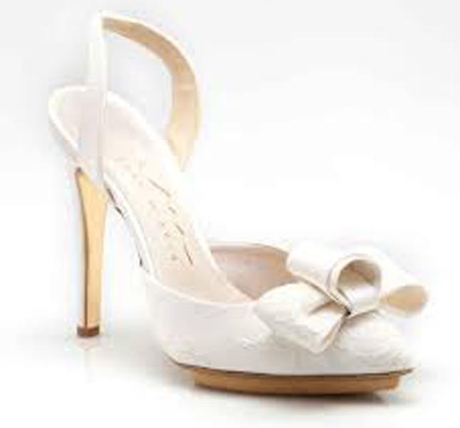 Modello Angelica per piedini di fata. Enzo Mccio bridal collection