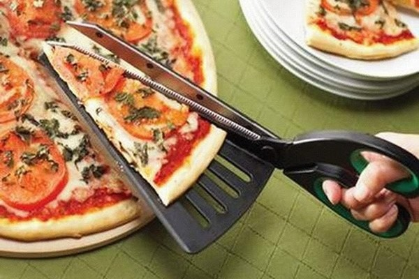 Forbice-paletta per pizza