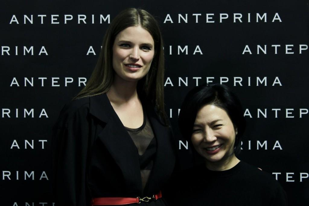 Alessia Piovan insieme alla designer di Anteprima Izumi Ogino