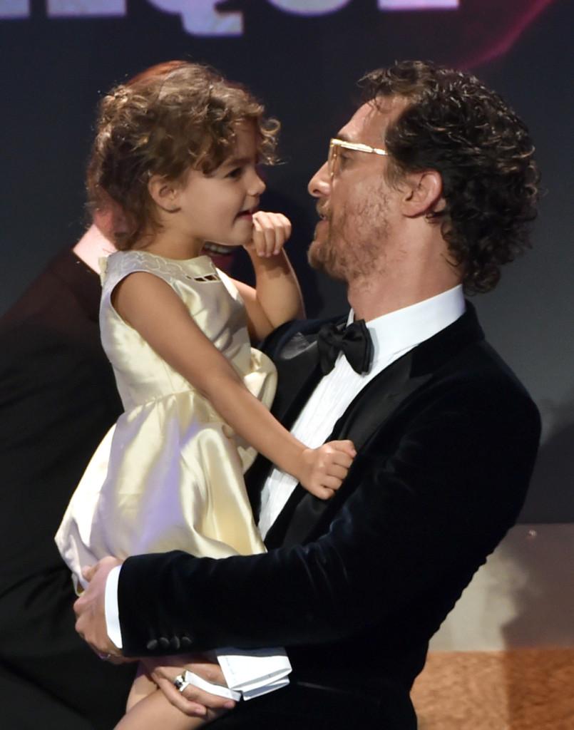Matthew McConaughey premiato all'American Cinematheque Award con la figlia Vida Alves