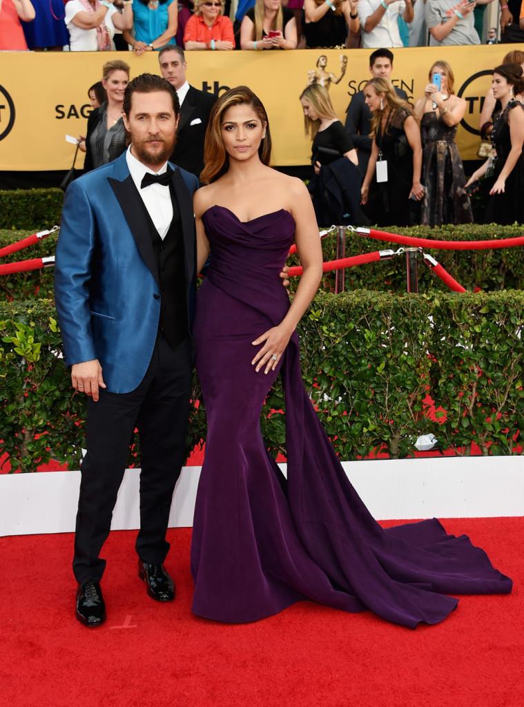 Matthew McConaughey e la moglie Camila Alves agli Screen Actors Guild Awards