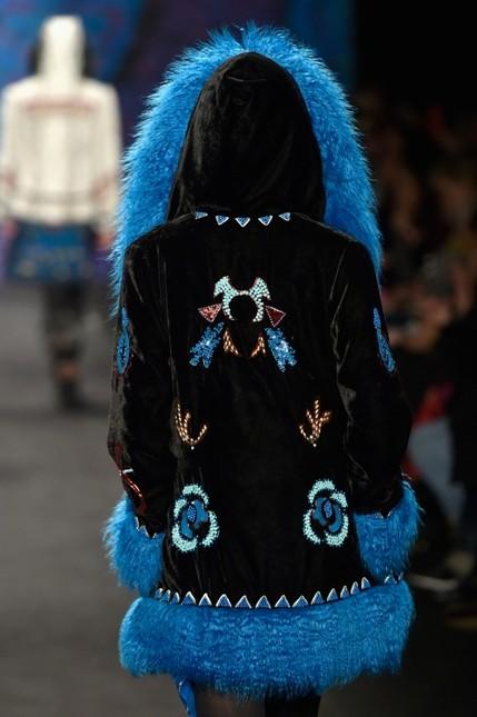 Anna Sui giacca con decorazioni e pelliccia blu elettrico
