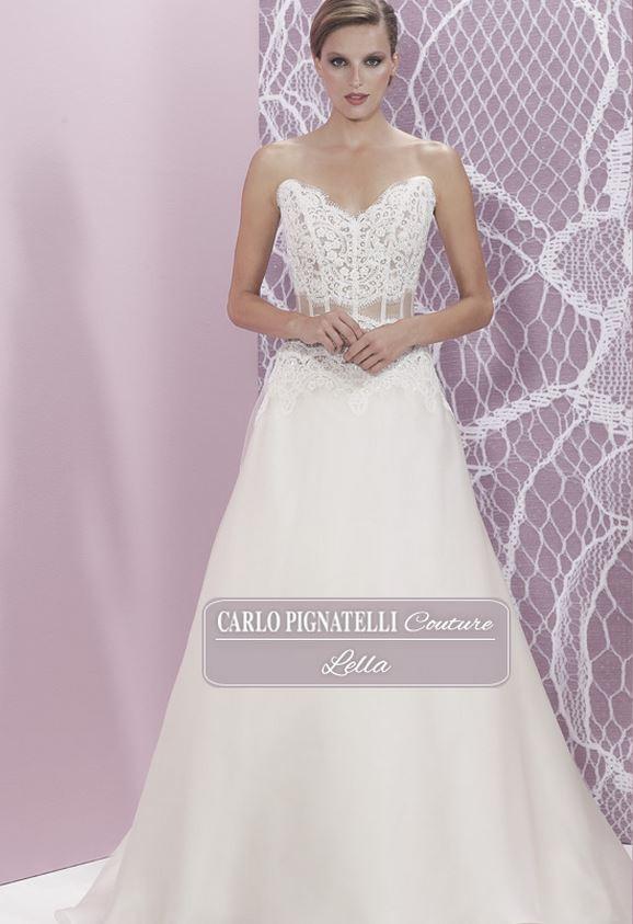 c07c9bc7e9c3 ... Modello Lella con gonna-ad-A-e-bustino-in-pizzo-semitrasparente  Abito  da sposa ...