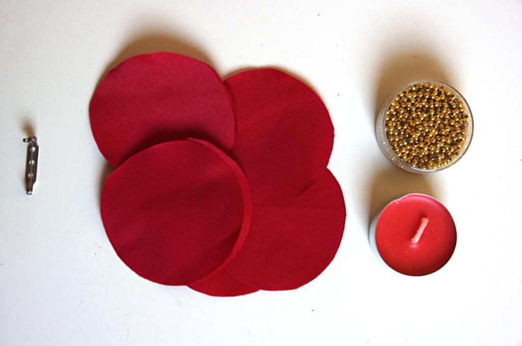 tutorial spilla con fiore di stoffa per la festa della Donna