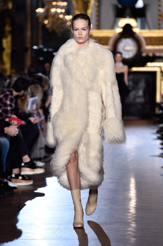 L'eco-pelliccia è uno dei must di Stella McCartney