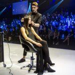 Passaggi illustrati per spiegare le tecniche più innovative degli hairstylist