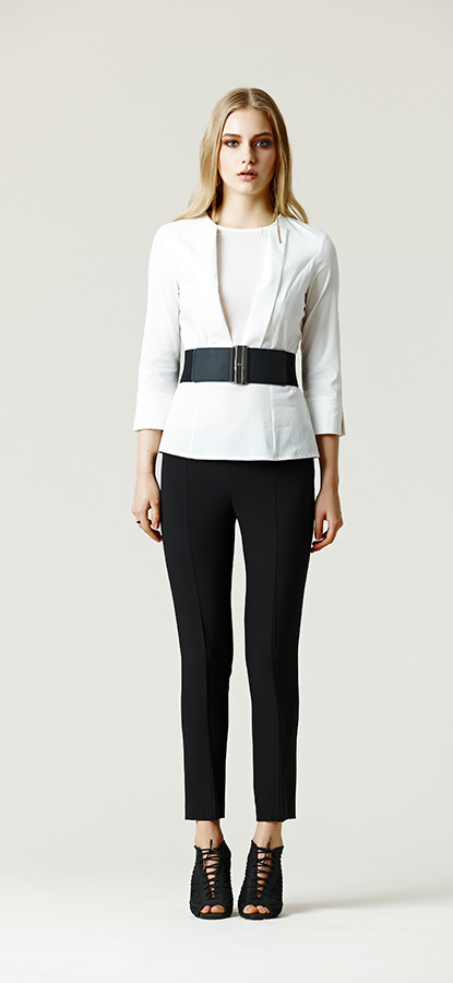 Outfit minimal black and white