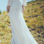 abito da sposa in pizzo del brand Daughters-of-Simone