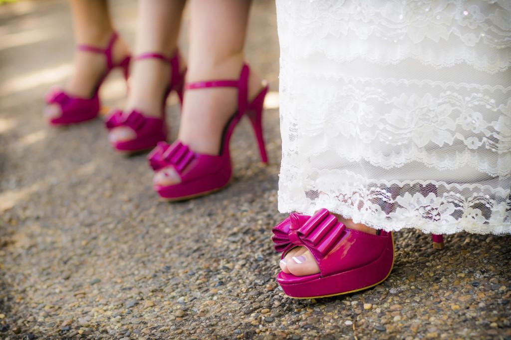 la sposa e le damigelle possono avere un dettaglio uguale