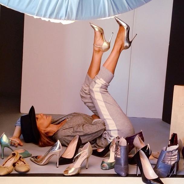 Sarah Jessica Parker con la sua collezione di scarpe su Instagram