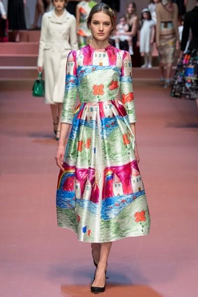 Tavolozza di colori pastello per l'abito