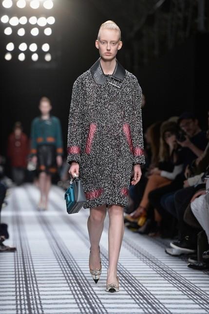 Balenciaga coat con inserti in tessuto colorato