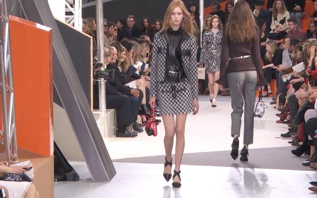 Check moderno per il completino  Louis Vuitton
