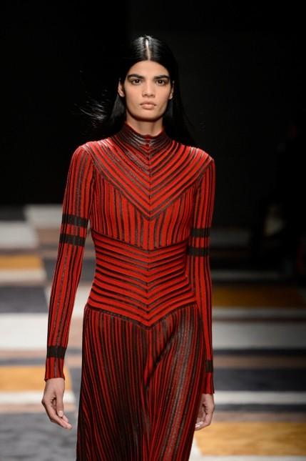 Salvatore Ferragamo abito rosso e nero