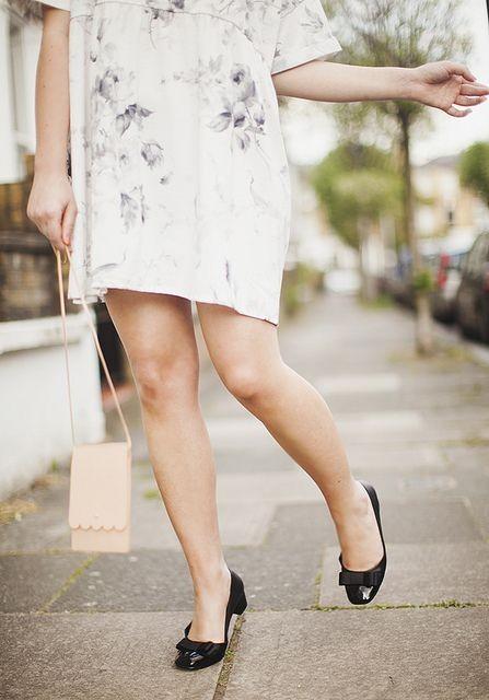 Pronti per vestiti sopra il ginocchio o shorts in vista della bella stagione?