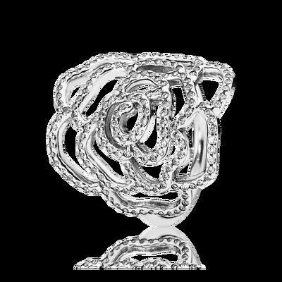 Completa il tuo look con questo elegante anello espressione di stile di PANDORA. L'anello a forma di rosa in argento sterling è rifinito a mano con zirconi con incassatura a filo che donano una sottile lucentezza ai petali in filigrana.