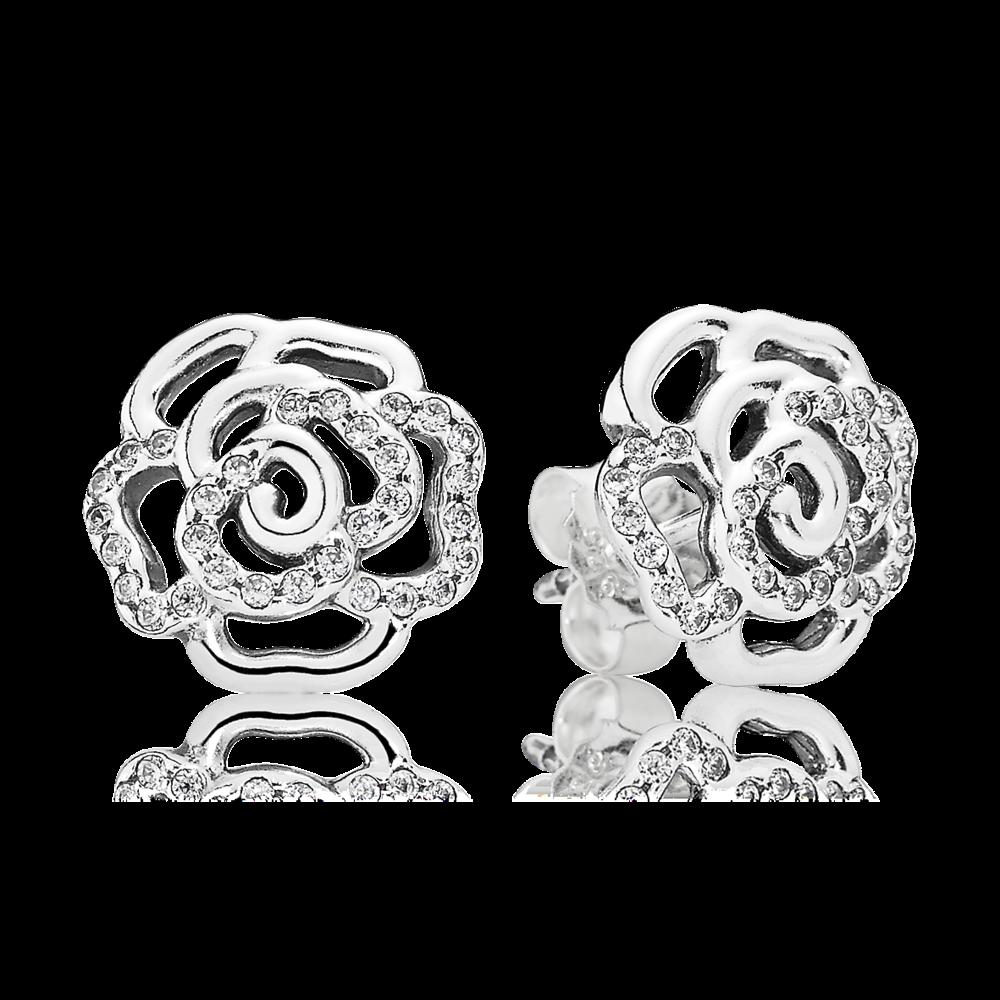 Esalta il tuo look con questo elegante paio di orecchini a lobo, sono la vera espressione di stile di PANDORA. Gli orecchini a forma di rosa in argento sterling sono rifinito a mano con zirconi con incassatura a filo che donano una sottile lucentezza ai petali in filigrana.