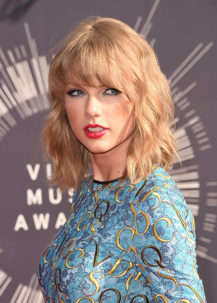 Taylor Swift e il suo wob con la frangia