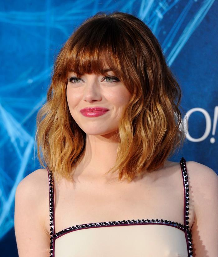 Anche Emma Stone sfoggia spesso il wob, in questa variante con frangia lunga.