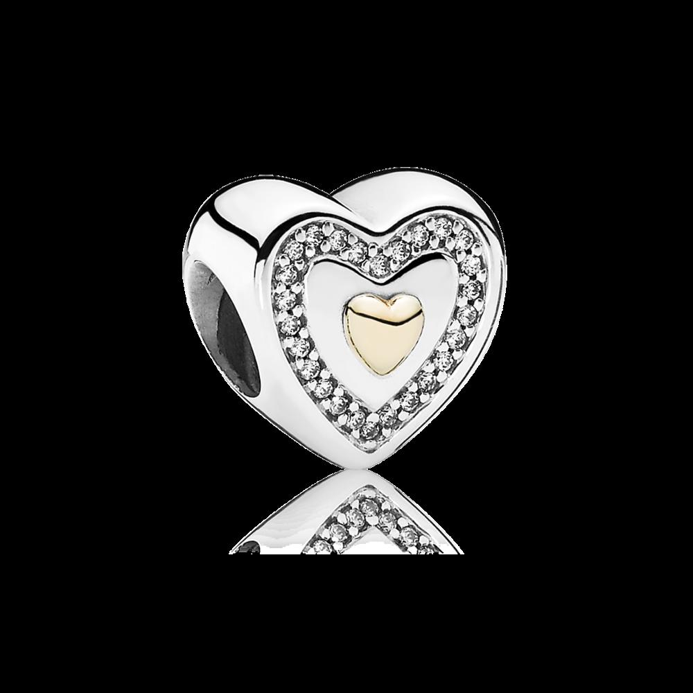 Un charm in Edizione Limitata in argento Sterling con dettaglio a cuore in oro 14k, zirconia cubica a micro-pavè e l'incisione Always in my heart.