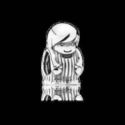Il charm a forma di ragazzo incantevole in argento sterling è per una madre un ricordo duraturo del proprio figlio o nipote. Rifinito a mano in argento sterling, il charm presenta dettagliate caratteristiche del viso e una maglietta a righe.
