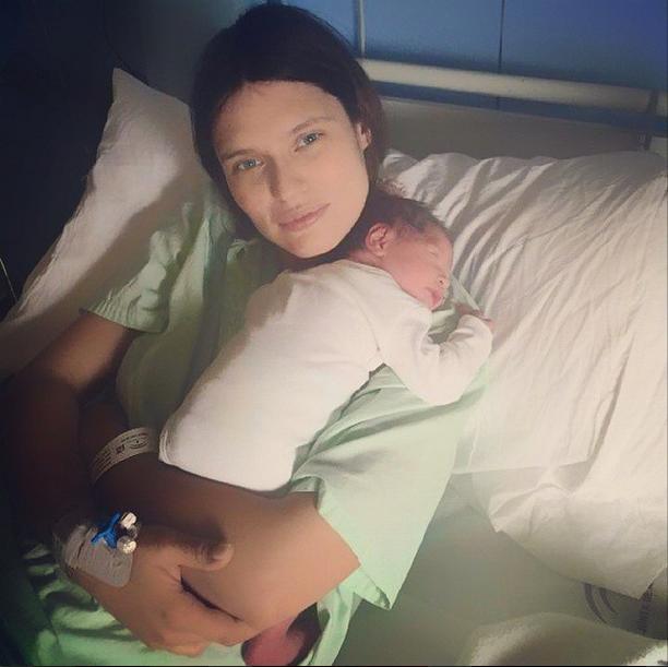 Bianca Balti e la neonata Mia (Instagram)
