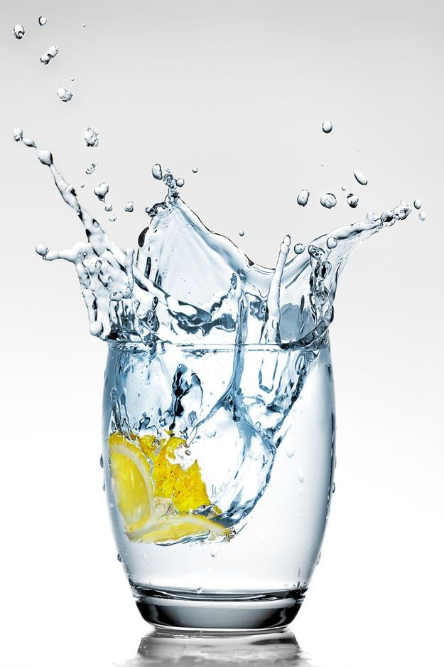 Bere molta acqua è alla base dell'idratazione corporea