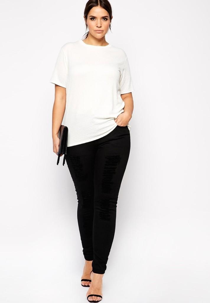 Jeans nero con maglia bianca_Asos Curvy