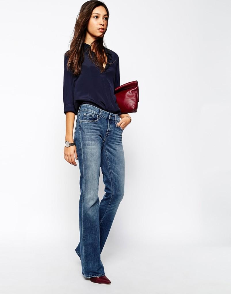 Jeans a zampa con camicia nera_Zara