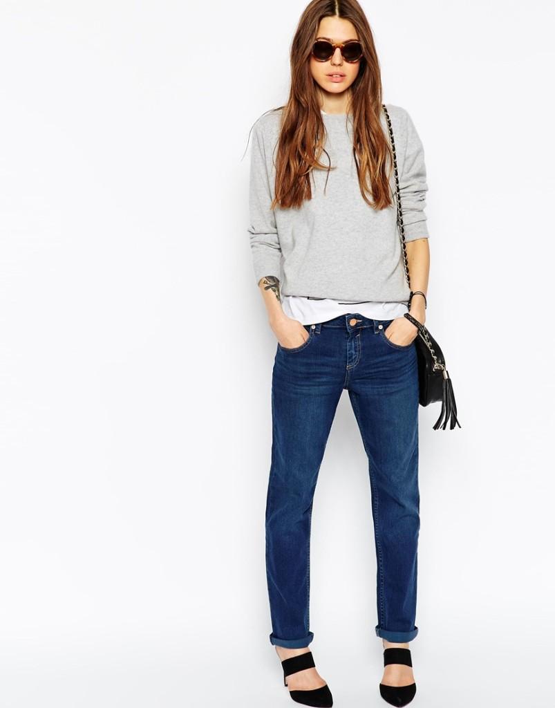 Jeans con maglia e t-shirt sovrapposte_Zara