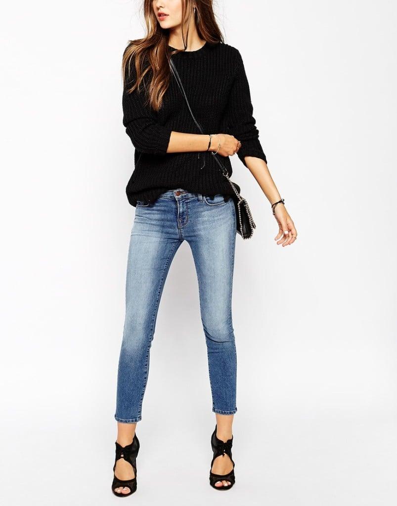 Jeans sulla caviglia con maxi maglia e sandalo incrociato_Asos