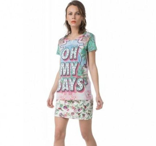 T-shirt con maxi stampa sul davanti