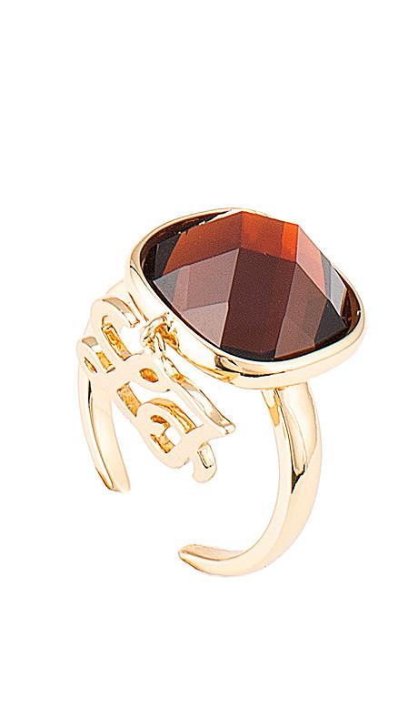 Illumina _ anello Una scintilla che brilla è un richiamo alla gioia e al sorriso, un'alleata nella grigia routine. Una collezione con un fascino personale, parure dalle pietre colorate e cristalline, gioielli che si distinguono per il design griffato e attraente.