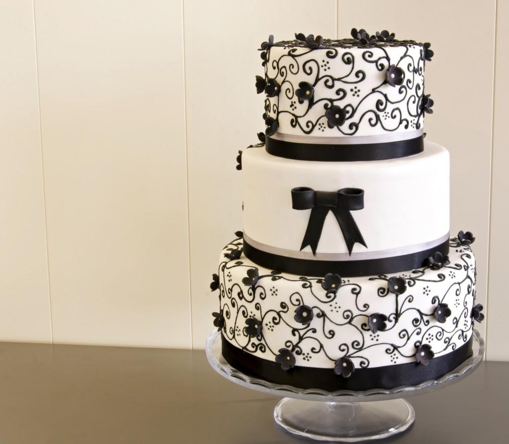 torta nuziale a piani