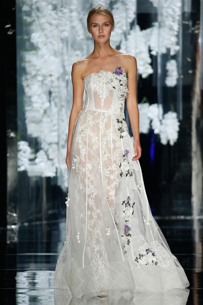 Modello-ROURE-abito-da-sposa-senza-spalline