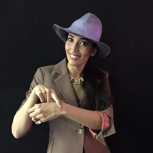 Nina ha una vera e propria passione per i cappelli...