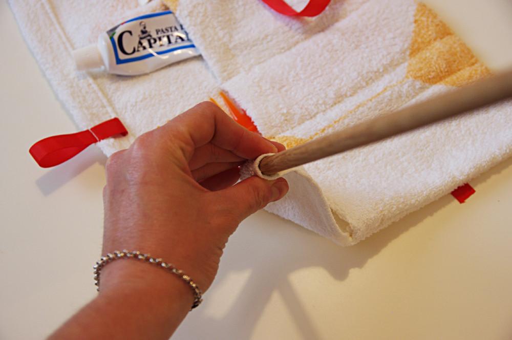 come creare un beauty case con il riciclo creativo di un asciugamano