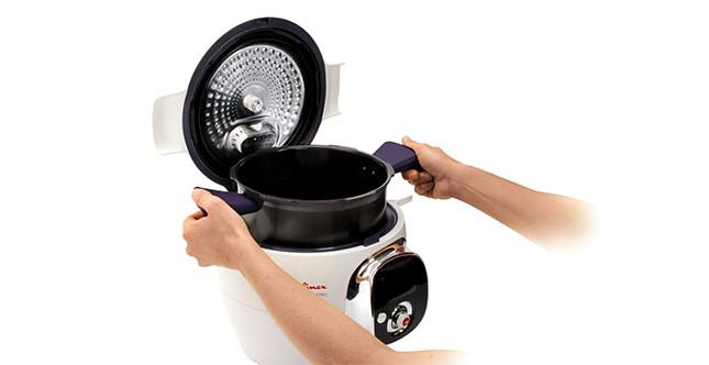 Cookeo è facile da usare, maneggevole e sicuro, Immagine da: cookeo.moulinex.fr