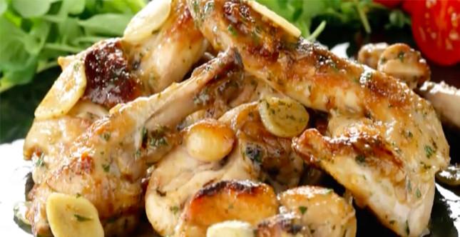 secondi piatti a base di carne e non solo sono realizzabili in pochi minuti, Immagine da: cookeo.moulinex.fr