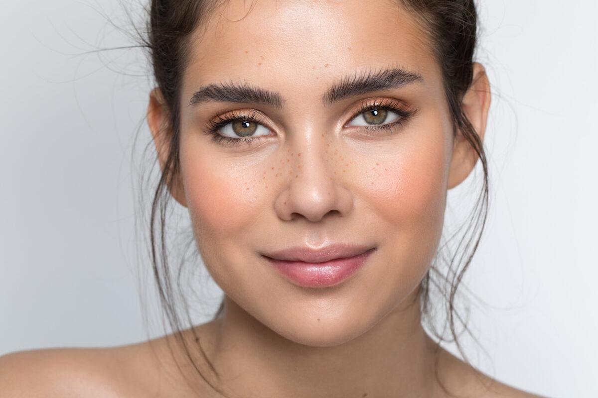Lip plumpers: i prodotti per ottenere labbra voluminose