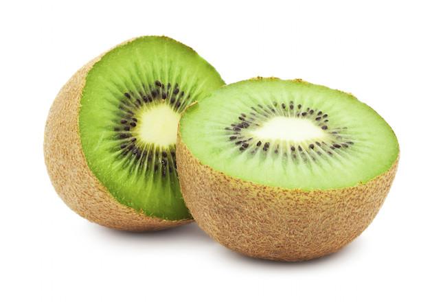 il kiwi è ricco di fibre, è un ottimo diuretico ed è una fonte naturale di ferro