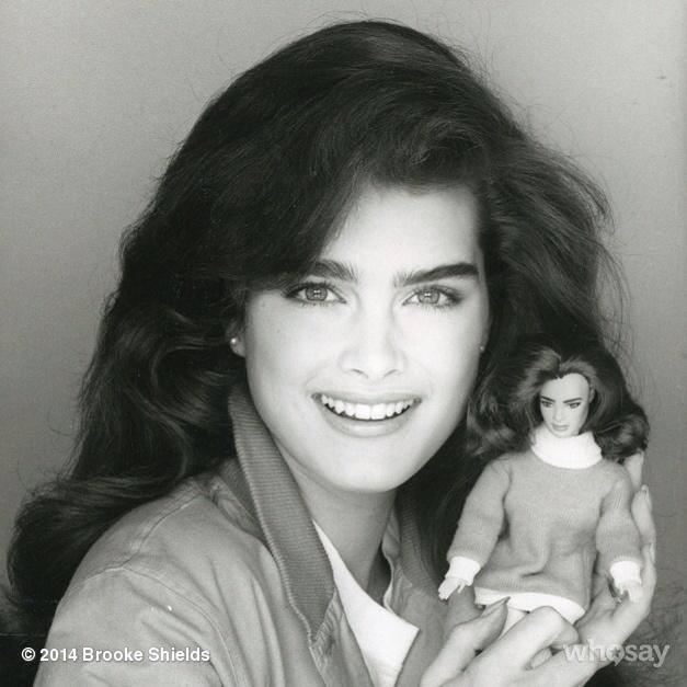 Brooke Shields negli anni '80 con sopracciglia boyish style
