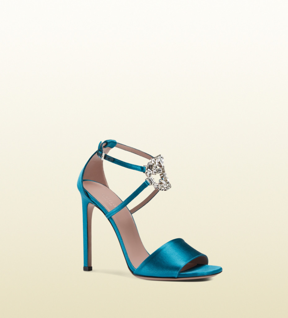 ... Sandali con tacco alto in raso turchese Gucci ... a15a87f724b