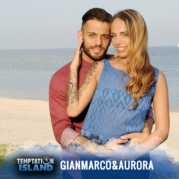 Aurora e Gianmarco stanno insieme da 8 mesi, lei prima era fidanzata con un amico di lui.