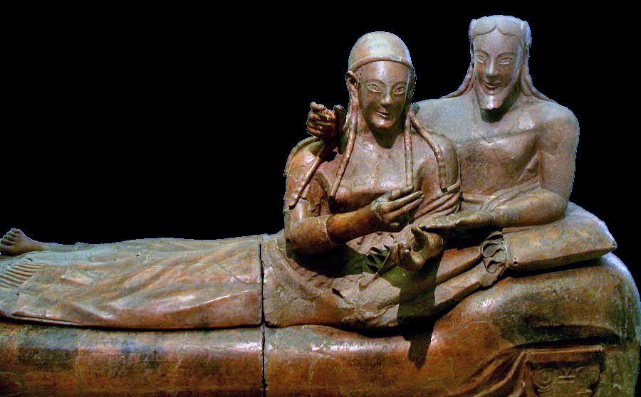 Il Sarcofago degli Sposi di epoca Etrusca mostra una coppia riccia