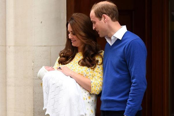 La presentazione ufficiale della piccola Charlotte Elizabeth Diana di Cambridge