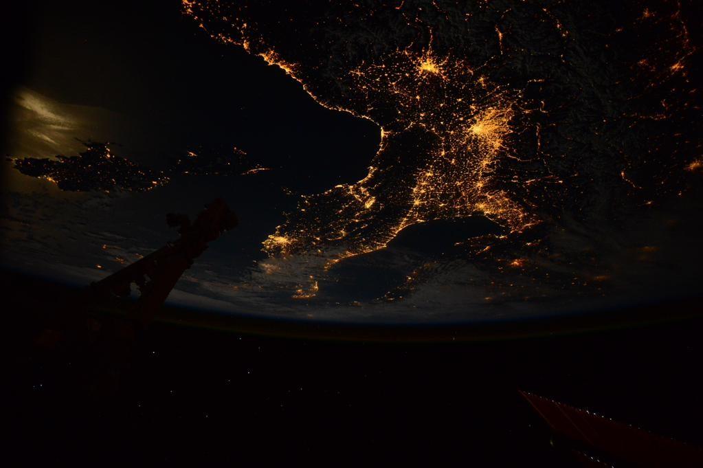 Samantha Cristoforetti - La vista della terra dallo spazio