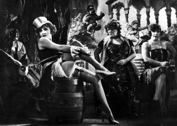 Marlene Dietrich è una delle dive degli anni '20 e '30 che ancora oggi ispirano le donne, famose e non