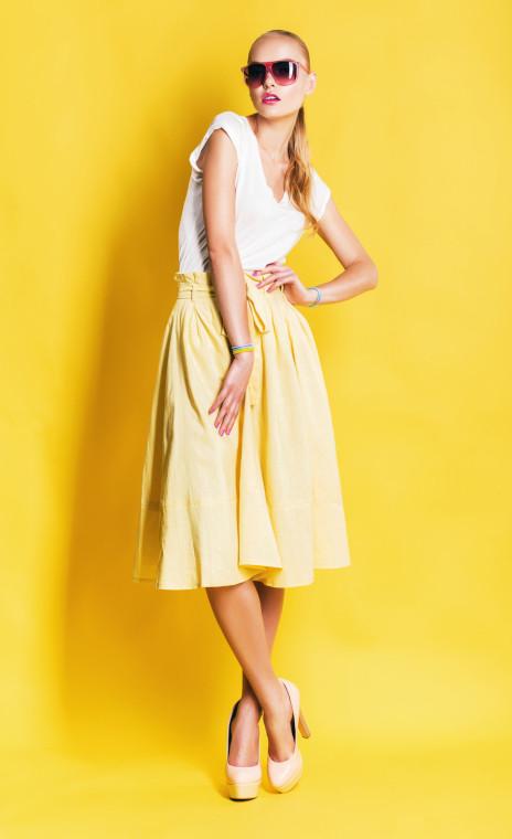 Nuance tenui per il giallo chiaro
